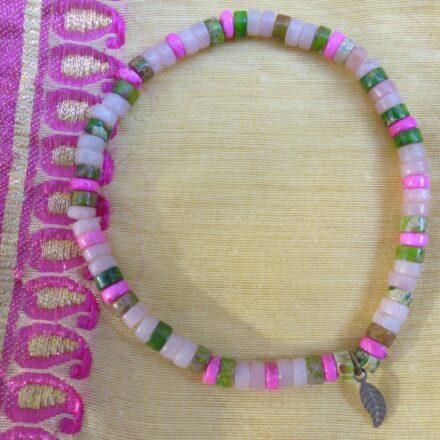 Bracelet élastique, savonet, serpentine et jaspe teinté