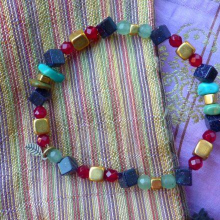 Bracelet aventurine, perle de sable, agate rose, chips turquoise et laiton